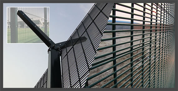 Mesh high security fencing panels welded anti